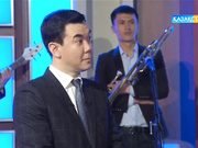 «Түнгі студияда Нұрлан Қоянбаев».  Сабина Әшірбаева  және  Әлия Юсупова