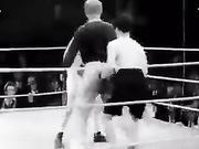 Аты аңызға айналған Чарли Чаплин және бокс