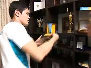 «Сенбілік таң». Рио-2016 жылғы бокстан Олимпиада чемпионы Данияр Елеусіновтің отбасымен сұхбат