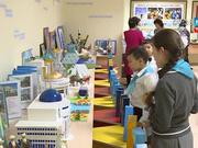 Астанадағы №80 мектеп-гиназиясының оқушылары өздері жасаған Қазақстанның 25 брендін таныстырды